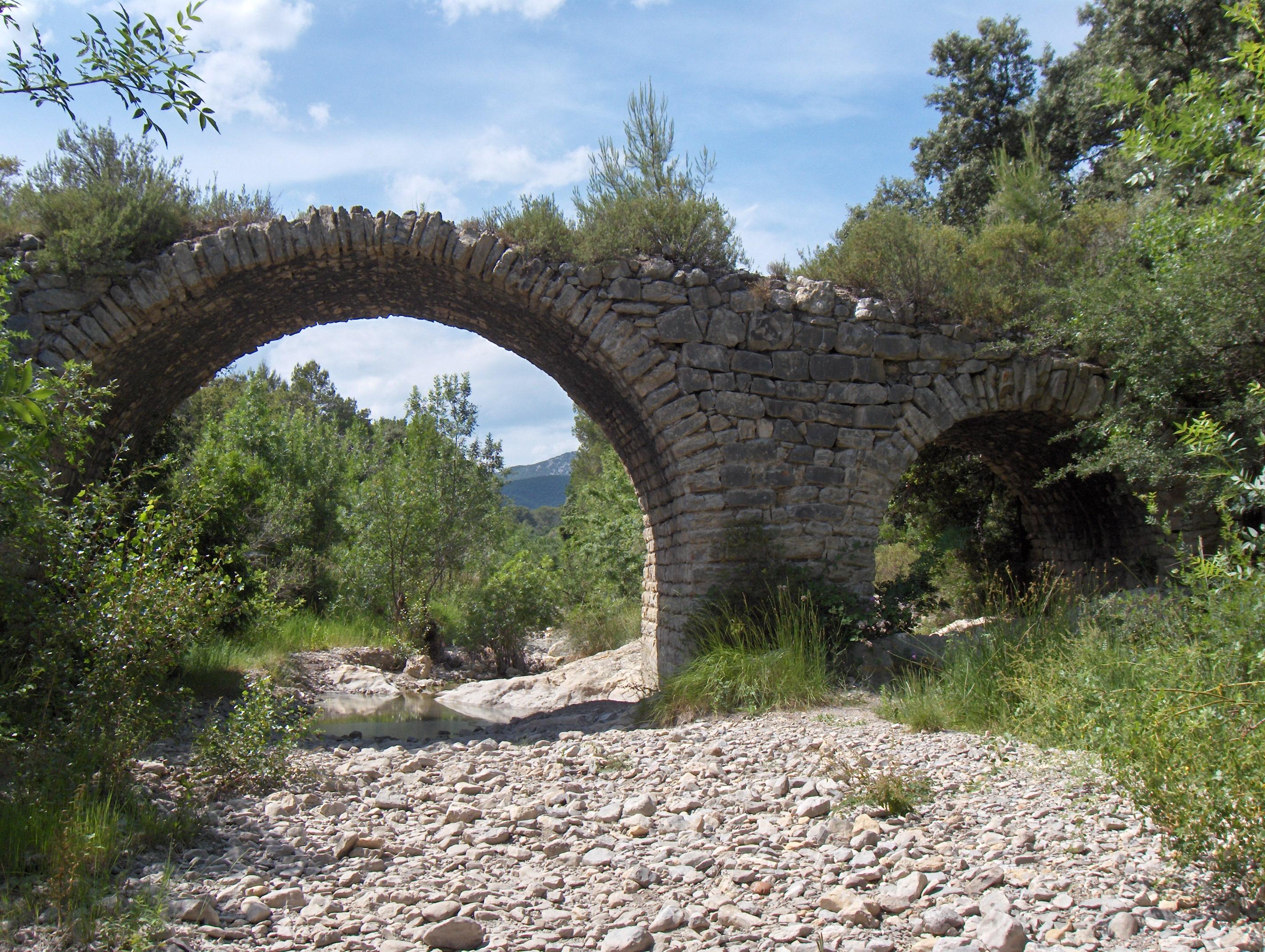 Le Pont de Yorgues